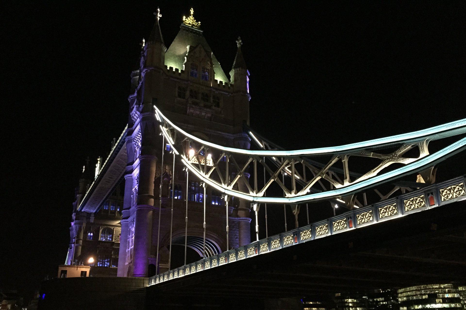 London by night - Tower Bridge close up
